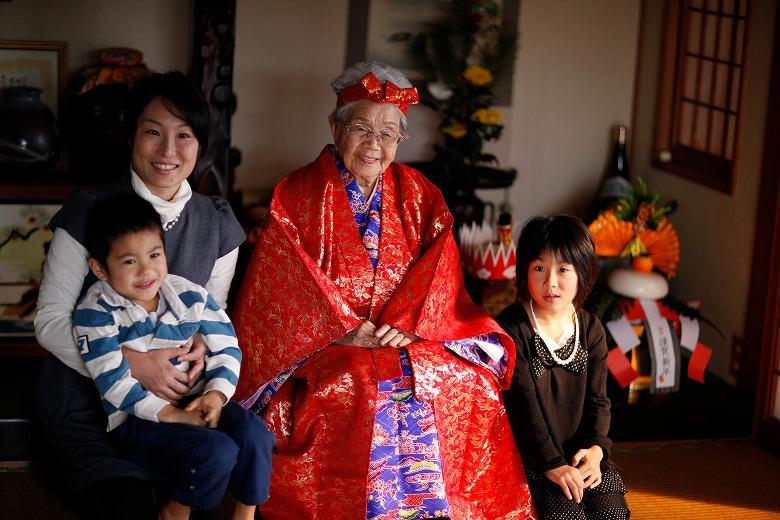 入里トシさん 平得在住大正3年6月25日生まれ 満97歳