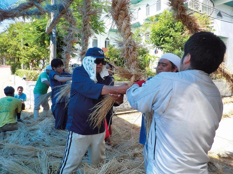 夏の一大祭事豊年祭綱づくり