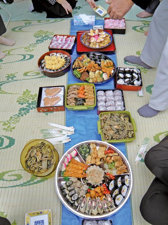 十六日祭 崎枝家のお昼ごはん