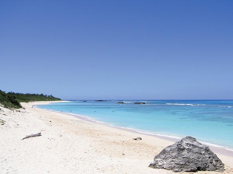 国内ベストビーチ、コンドイ浜が2位